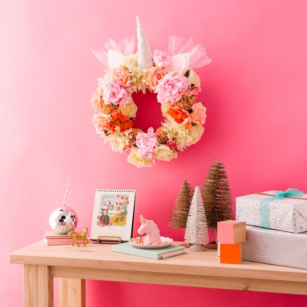 Unicorn_Wreath_032_1_finalsq